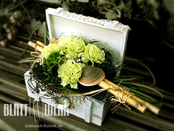 blattwerk floristik blumen und dekoration berlingerode eichsfeld tischdekoration. Black Bedroom Furniture Sets. Home Design Ideas